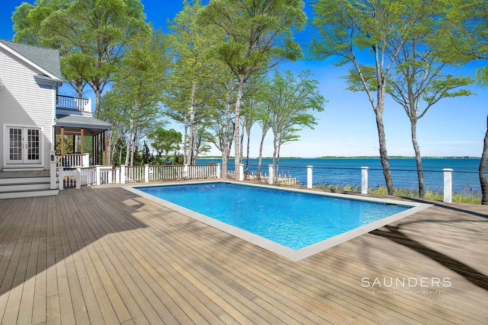 5. Single Family Homes for Sale at Shelter Island Gardiners Bay Beach House With Pool 72 Gardiners Bay Drive, Shelter Island Heights, Shelter Island, NY 11964