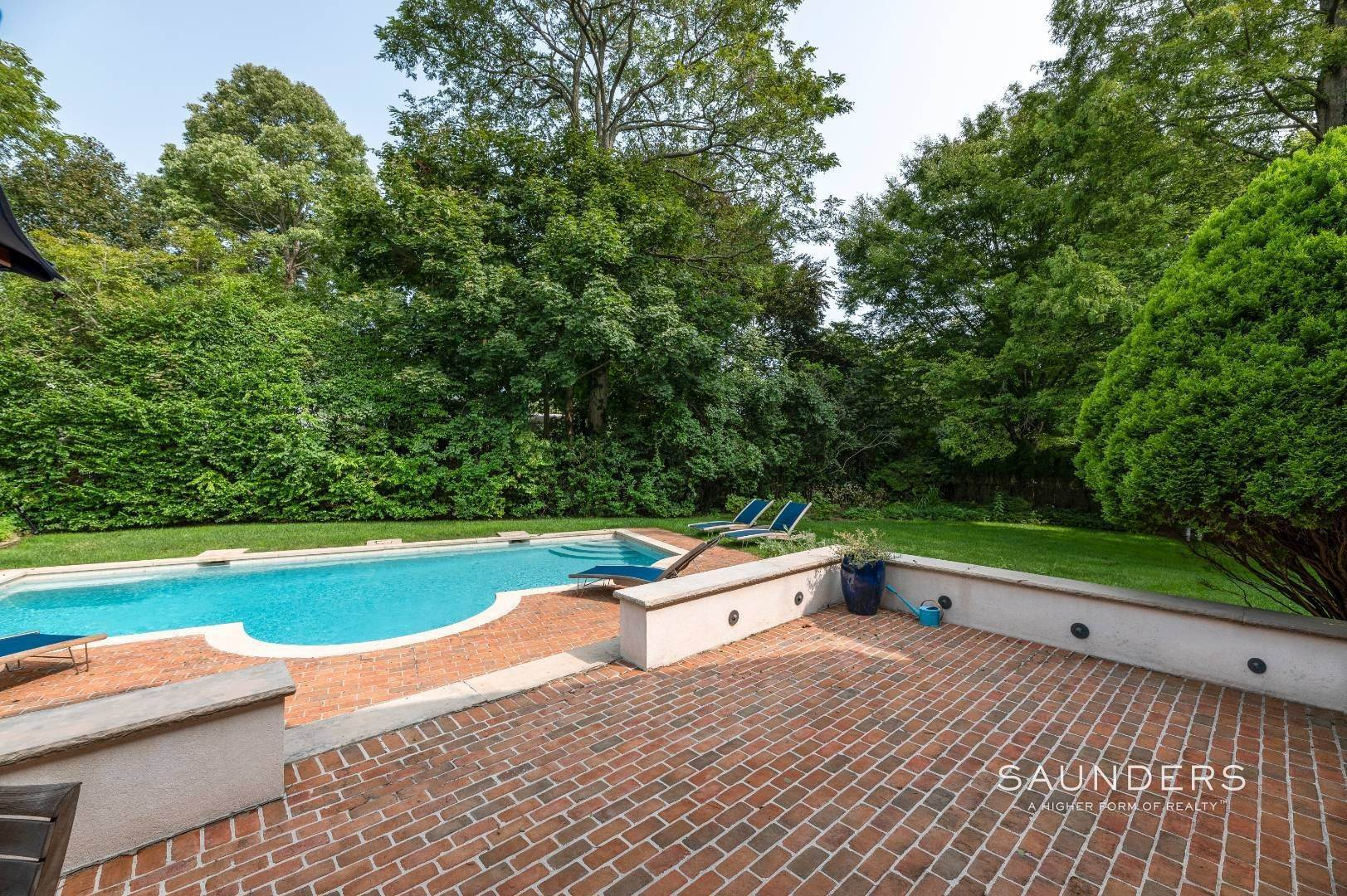 5. Single Family Homes for Sale at Classic Farmhouse In Southampton Village 519 Hill Street, Southampton, Southampton Town, NY 11968