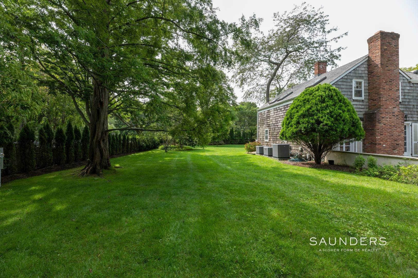 4. Single Family Homes for Sale at Classic Farmhouse In Southampton Village 519 Hill Street, Southampton, Southampton Town, NY 11968