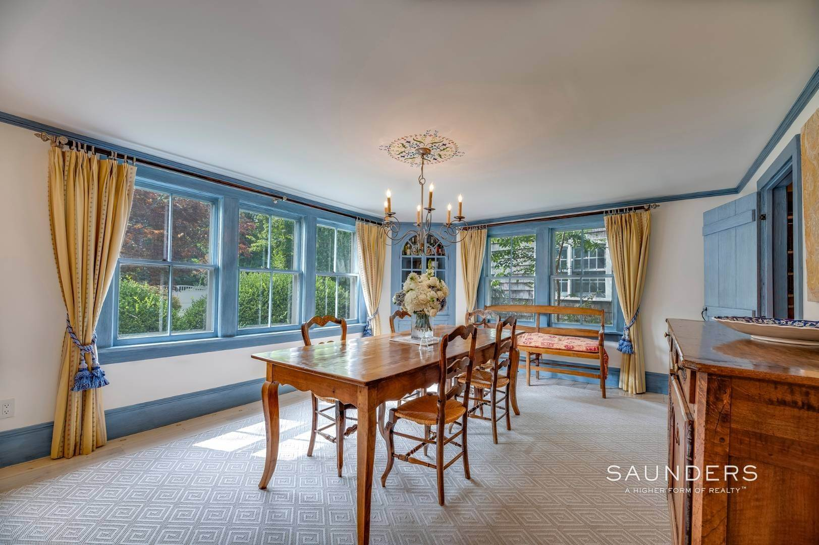 8. Single Family Homes for Sale at Classic Farmhouse In Southampton Village 519 Hill Street, Southampton, Southampton Town, NY 11968