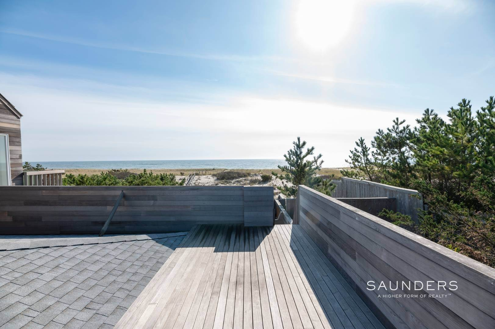 18. Single Family Homes at Relaxing Oceanfront Retreat Available Winter Or Summer Rental! 449 Dune Road, Westhampton Beach Village, Southampton Town, NY 11978