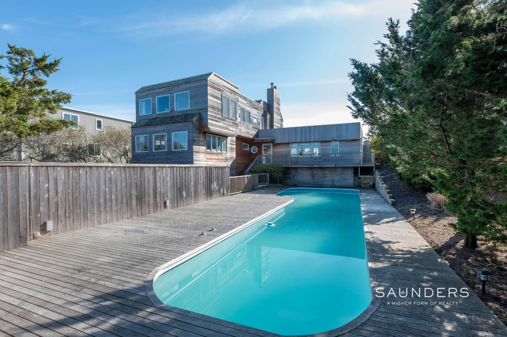 24. Single Family Homes at Relaxing Oceanfront Retreat Available Winter Or Summer Rental! 449 Dune Road, Westhampton Beach Village, Southampton Town, NY 11978