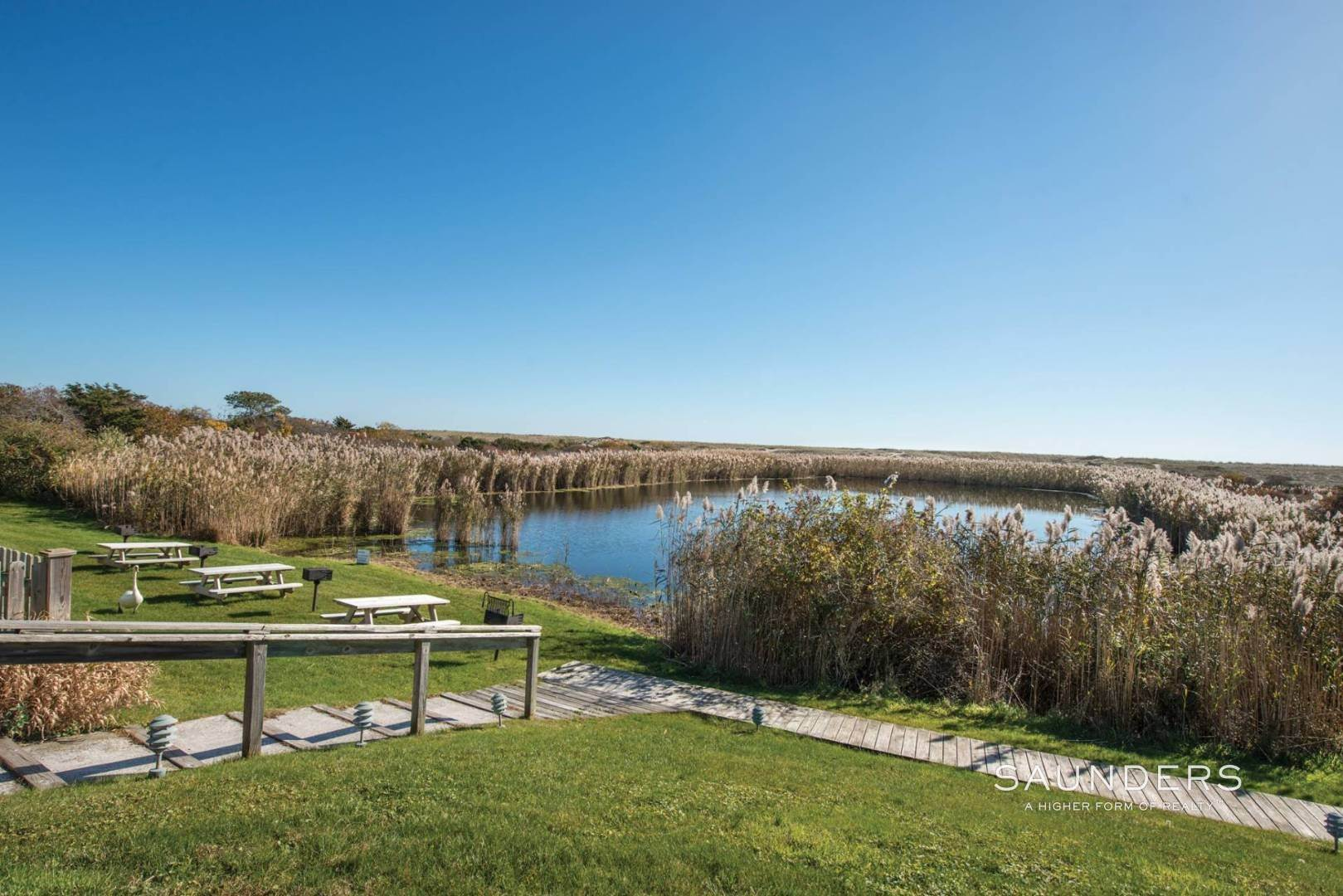 8. Co-op Properties for Sale at Full-Service Oceanfront Value 379 Bluff Road, #120, Amagansett, East Hampton Town, NY 11930