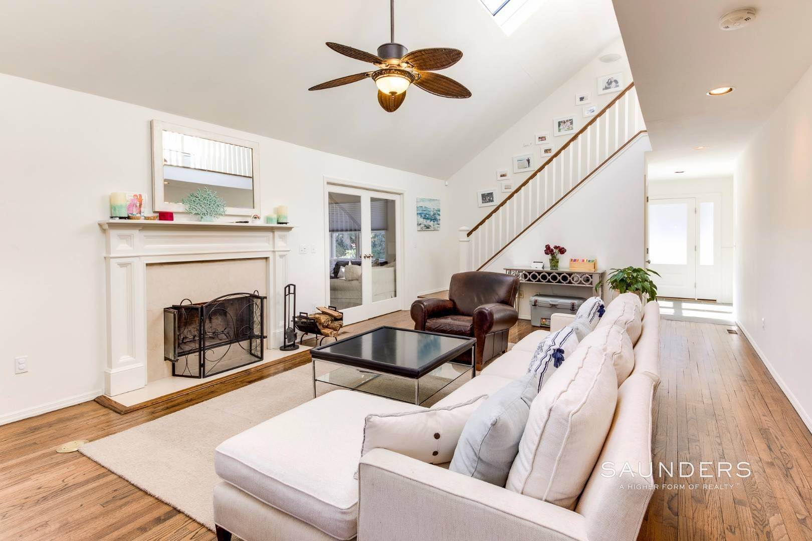 2. Single Family Homes at Pristine Four Bedroom Home In Settlers Landing 52 Ely Brook Road, East Hampton, East Hampton Town, NY 11937