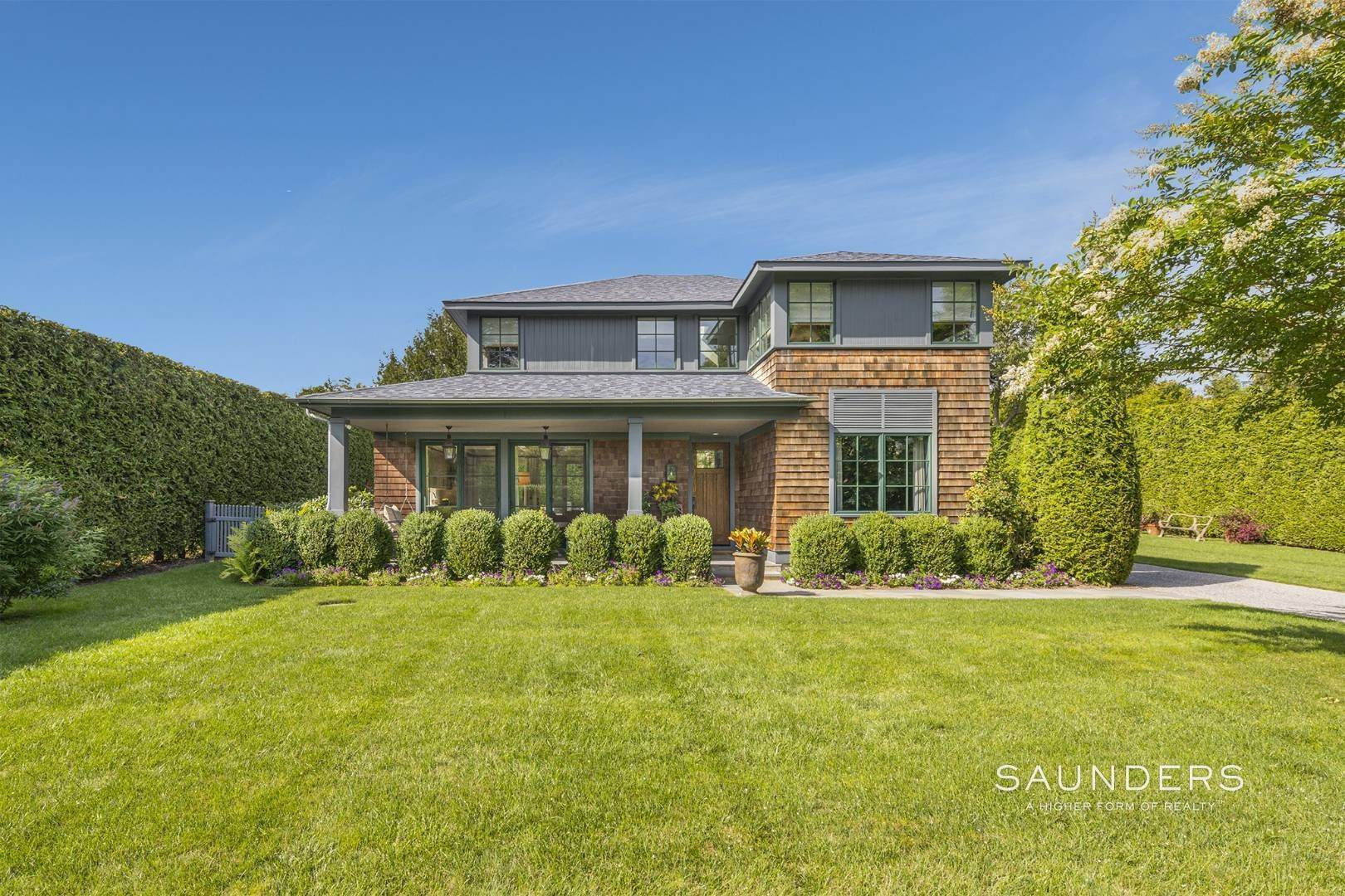 Single Family Homes for Sale at Picture Perfect In The Art Village, Southampton 35 New Lane, Southampton, Southampton Town, NY 11968