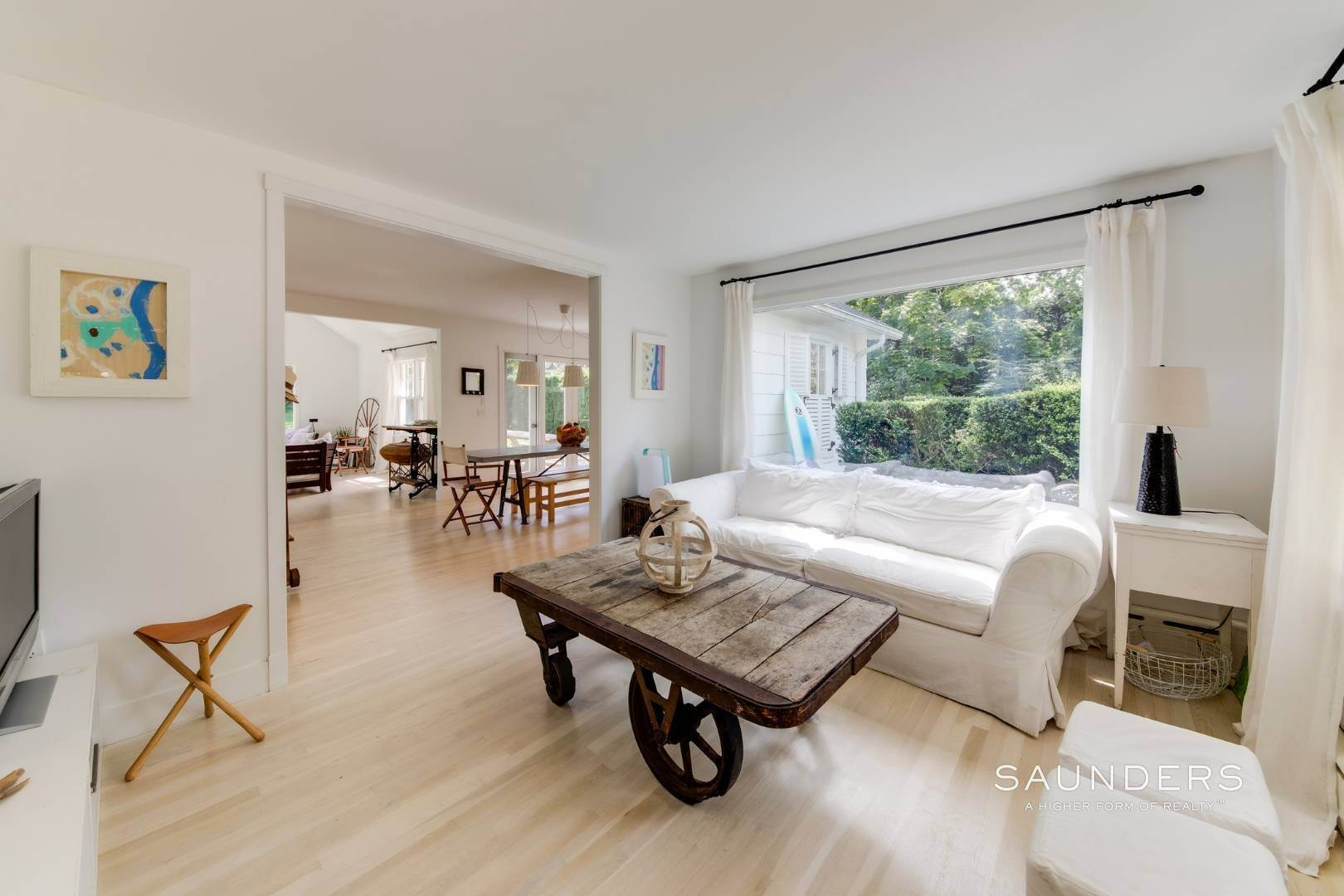 4. Single Family Homes for Sale at South Of Highway - Turnkey Charmer 136 Cove Hollow Road, East Hampton, East Hampton Town, NY 11937