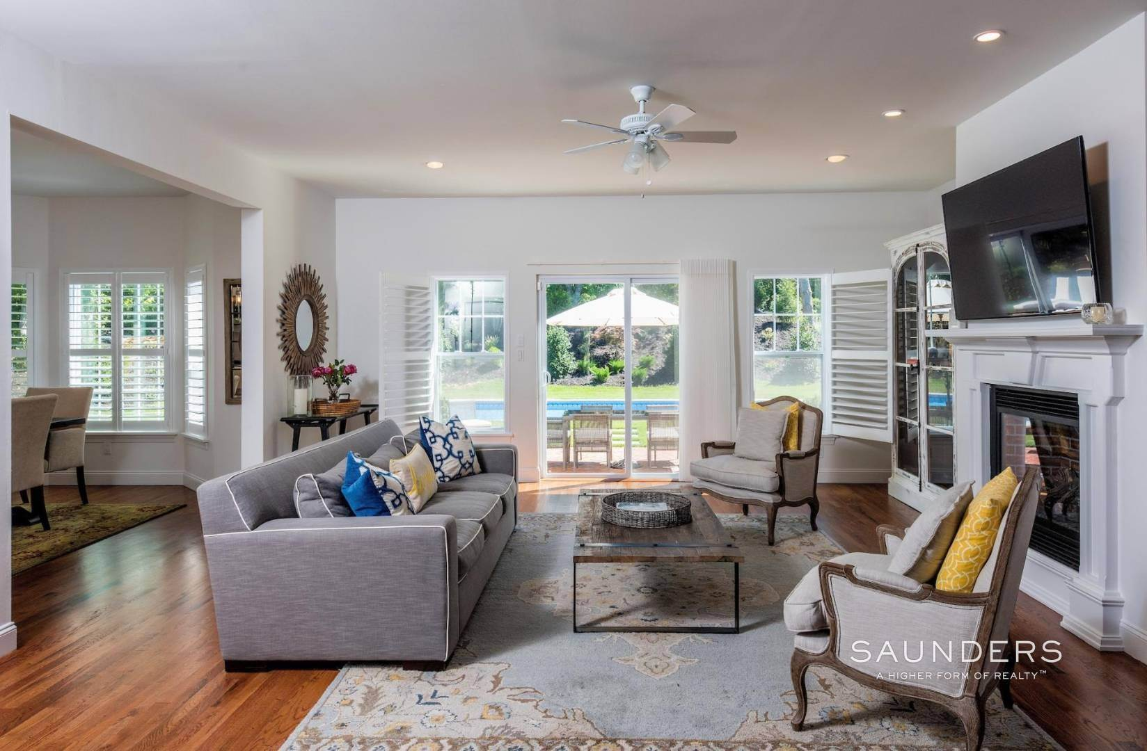 5. Single Family Homes for Sale at Near The Village And Beaches Of Southampton 64 Sandy Hollow Road, Southampton, Southampton Town, NY 11968