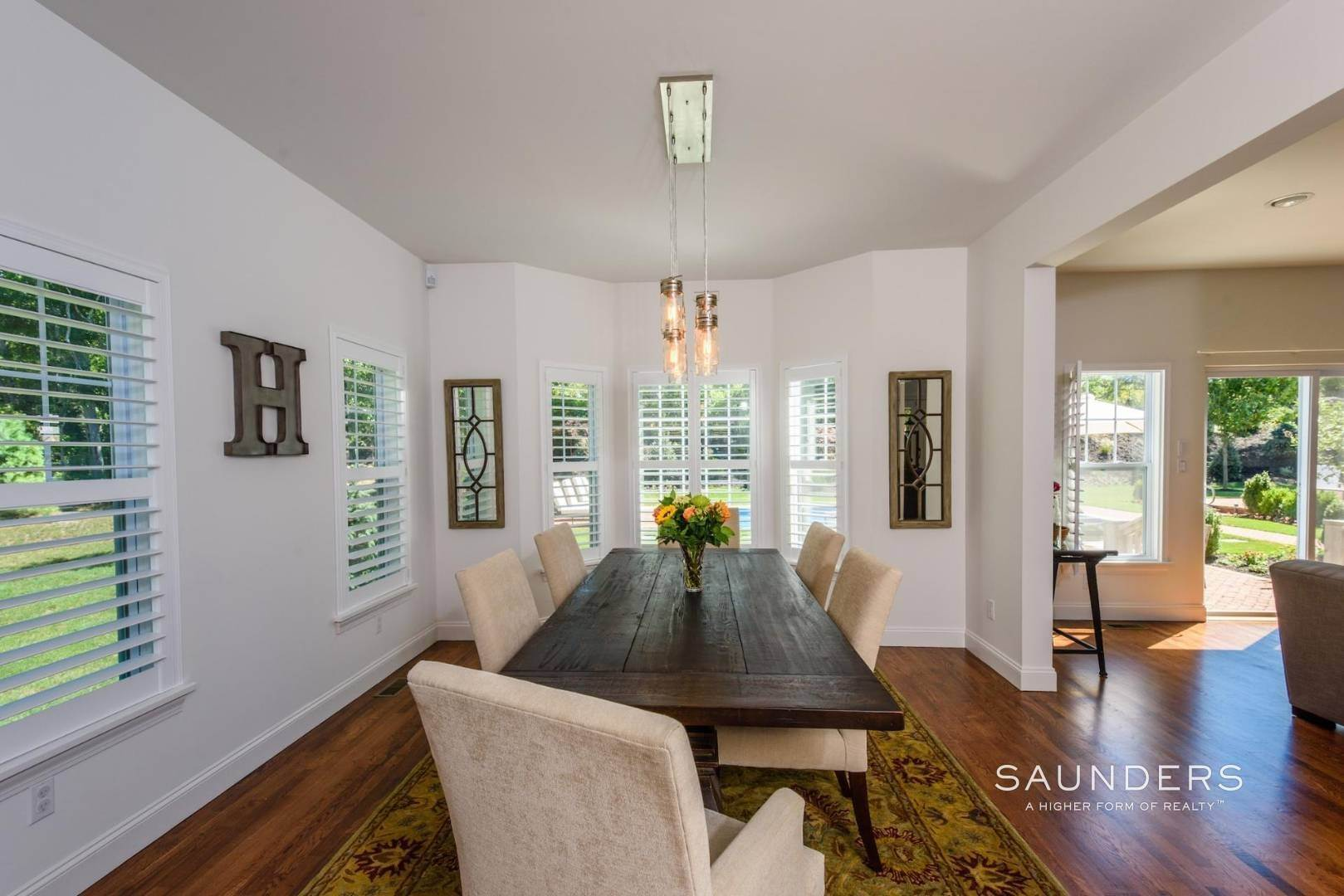 7. Single Family Homes for Sale at Near The Village And Beaches Of Southampton 64 Sandy Hollow Road, Southampton, Southampton Town, NY 11968