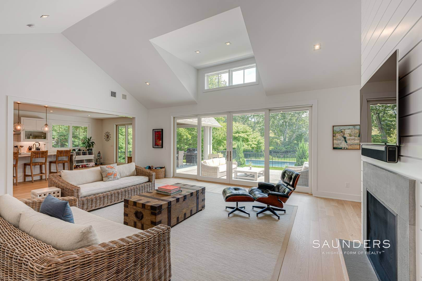 5. Single Family Homes at High Quality In Hampton Waters 8 Albertines Lane, East Hampton, East Hampton Town, NY 11937