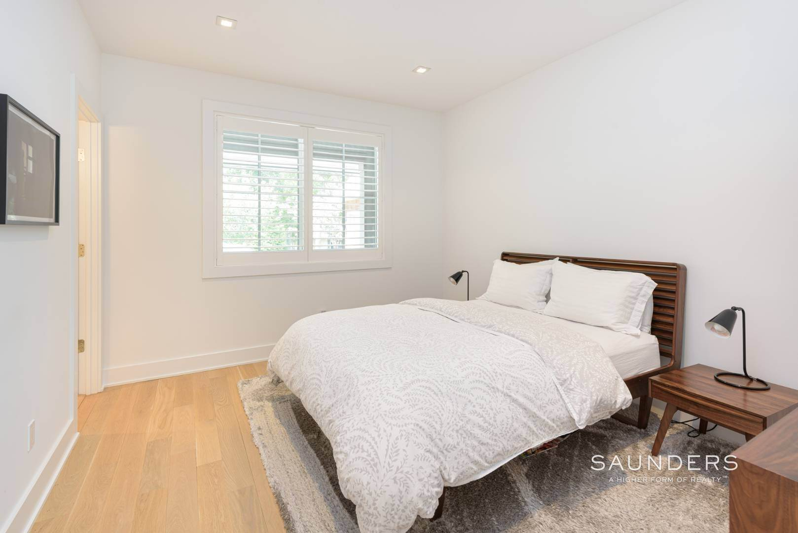 13. Single Family Homes at High Quality In Hampton Waters 8 Albertines Lane, East Hampton, East Hampton Town, NY 11937