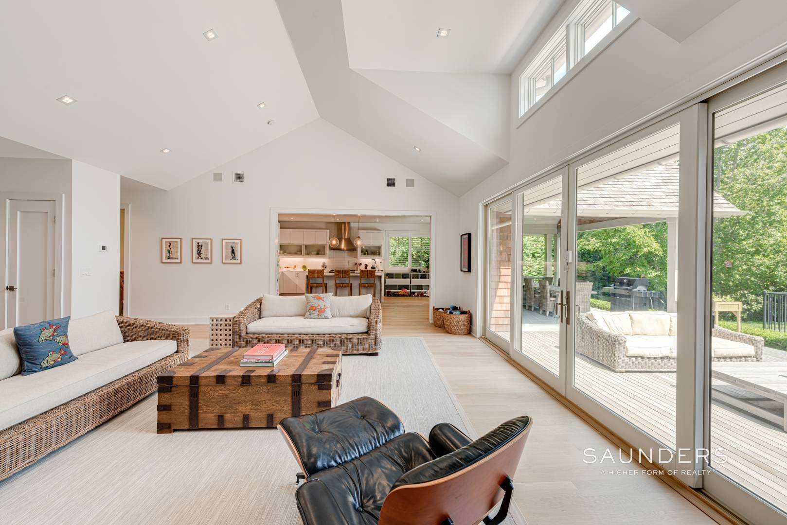 6. Single Family Homes at High Quality In Hampton Waters 8 Albertines Lane, East Hampton, East Hampton Town, NY 11937