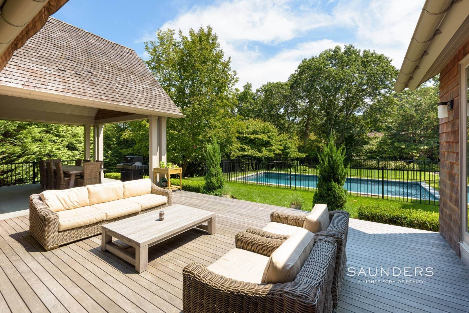 2. Single Family Homes at High Quality In Hampton Waters 8 Albertines Lane, East Hampton, East Hampton Town, NY 11937