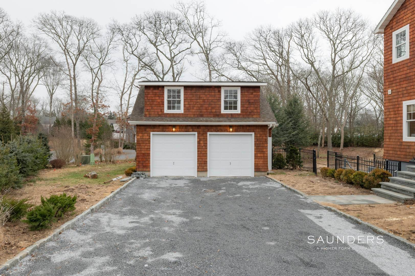 20. Single Family Homes at Beautiful New Home In Southampton 52 Sandy Hollow Road, Southampton, Southampton Town, NY 11968