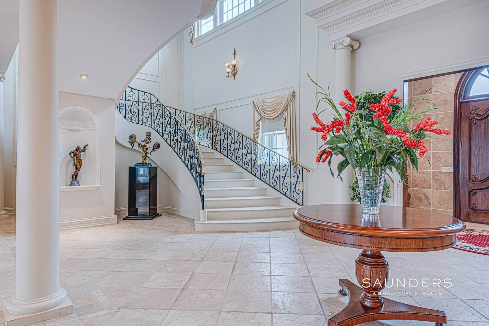 10. Single Family Homes for Sale at Palm Beach Meets The Hamptons At This Palatial Waterfront Estate 7 Cross Road, Remsenburg, Southampton Town, NY 11960