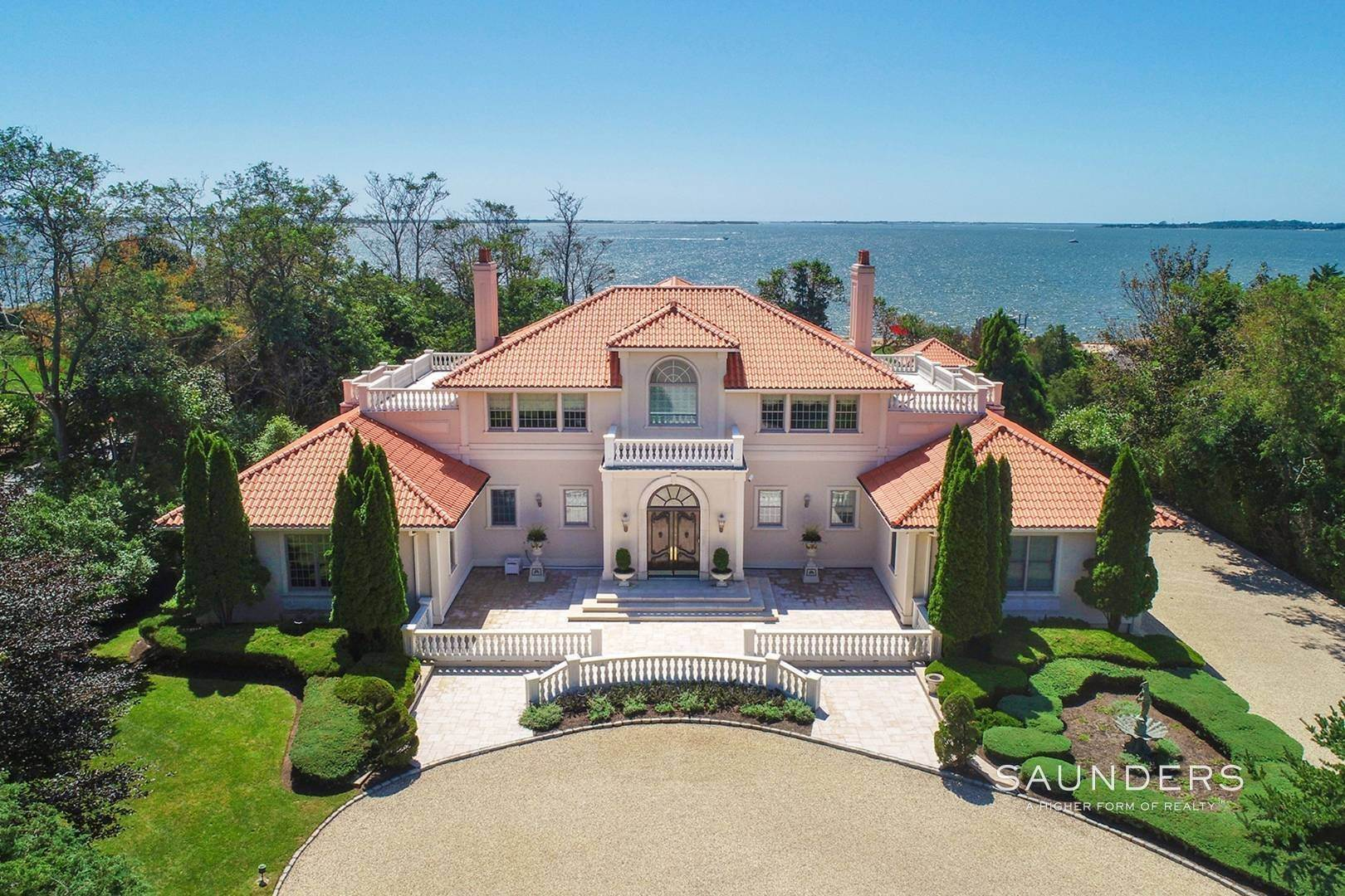 8. Single Family Homes for Sale at Palm Beach Meets The Hamptons At This Palatial Waterfront Estate 7 Cross Road, Remsenburg, Southampton Town, NY 11960