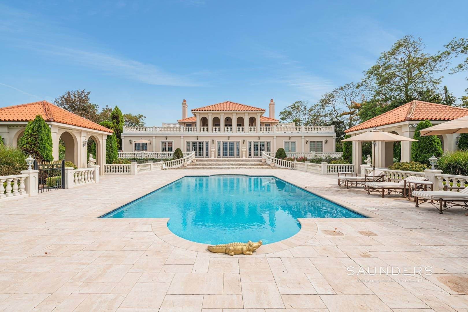 30. Single Family Homes for Sale at Palm Beach Meets The Hamptons At This Palatial Waterfront Estate 7 Cross Road, Remsenburg, Southampton Town, NY 11960
