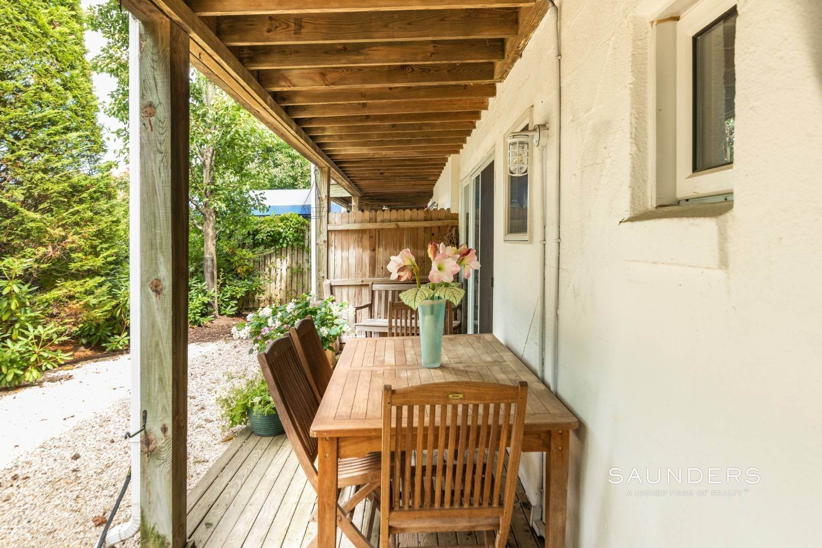13. Co-op Properties for Sale at Amagansett Oceanfront 379 Bluff Road, Units# 119, 218, 219, Amagansett, East Hampton Town, NY 11930