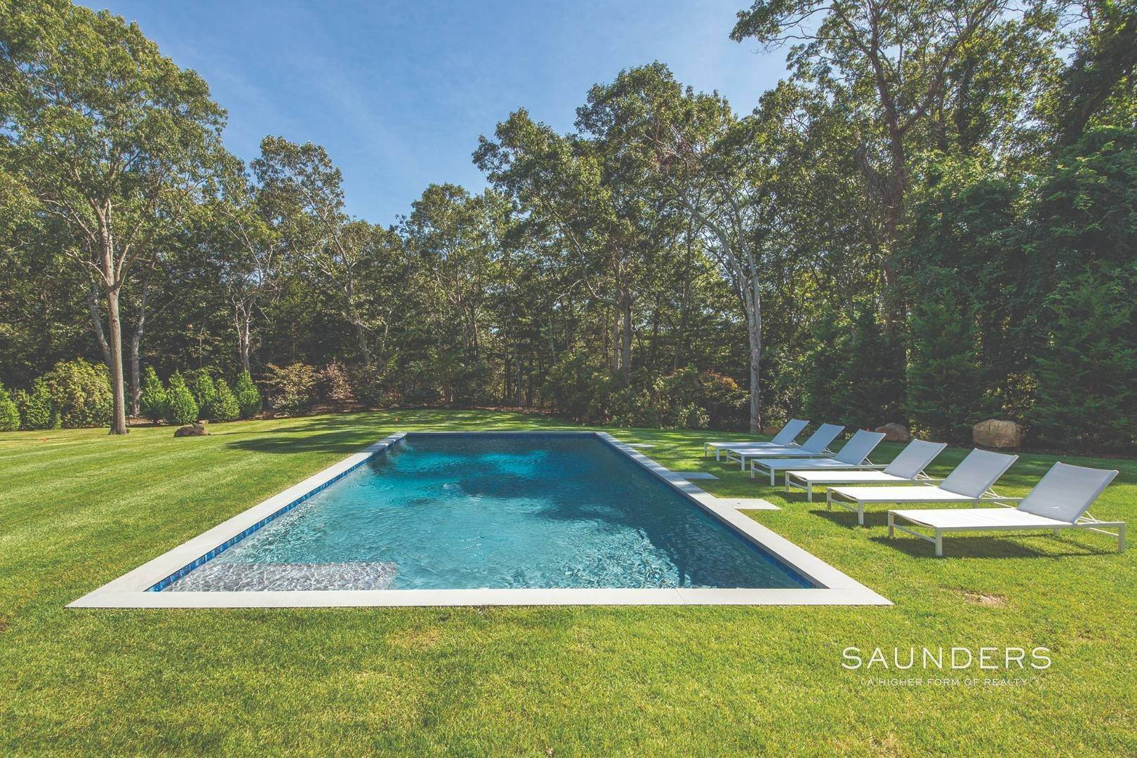 30. Single Family Homes for Sale at East Hampton, East Hampton Town, NY 11937