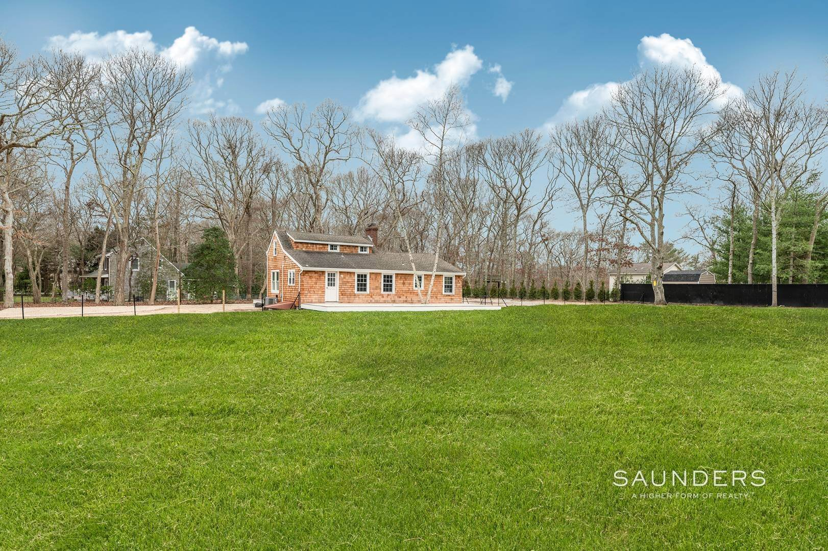 11. Single Family Homes for Sale at Renovated Farmhouse 138b Montauk Highway, Westhampton, Southampton Town, NY 11977
