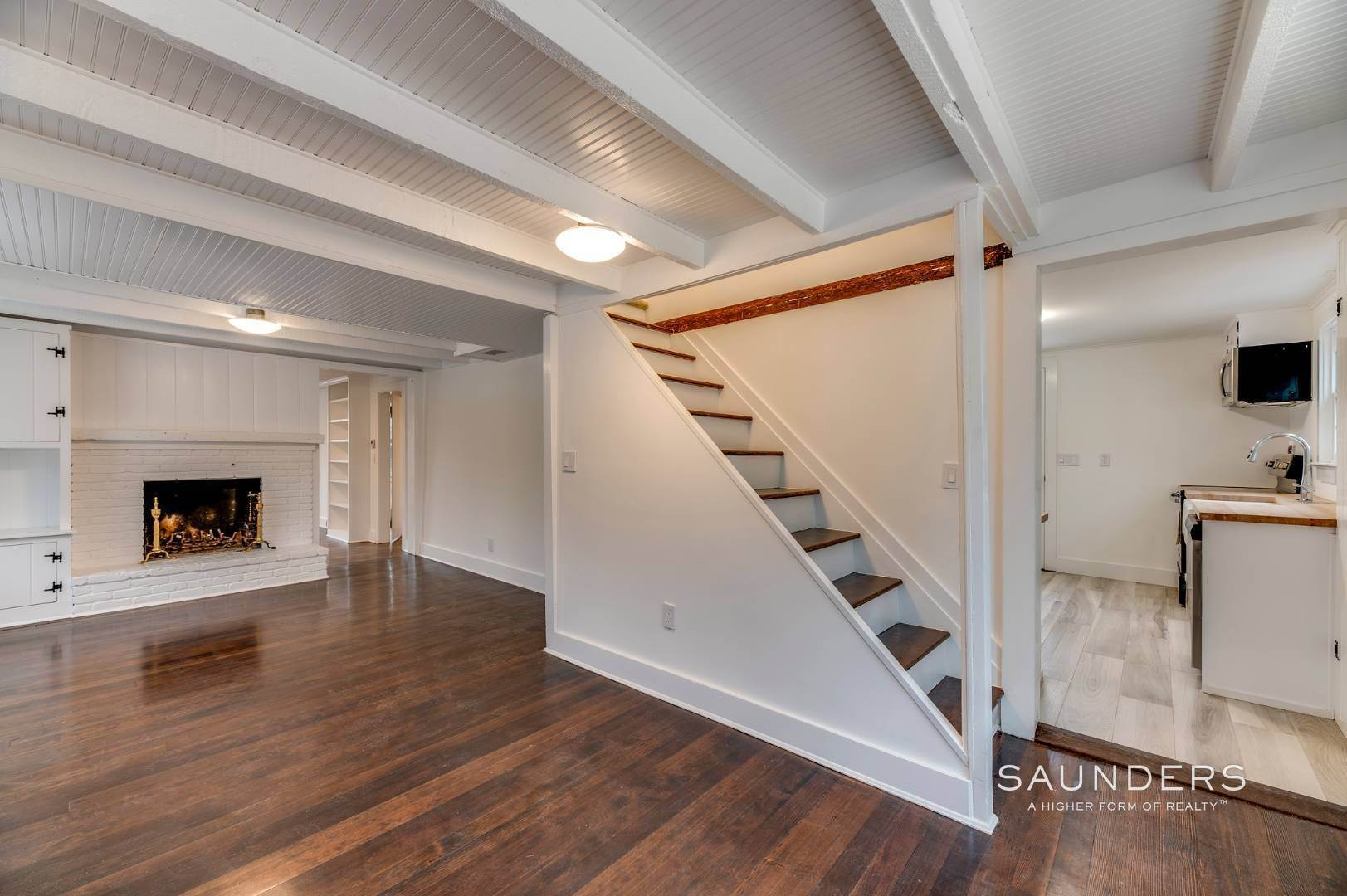3. Single Family Homes for Sale at Renovated Farmhouse 138b Montauk Highway, Westhampton, Southampton Town, NY 11977