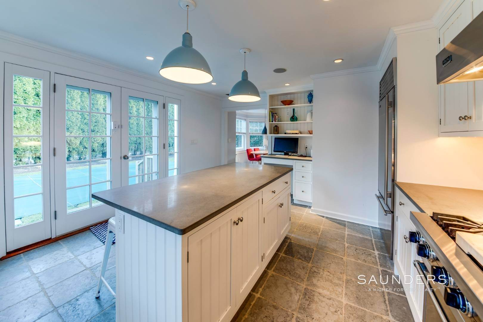 6. Single Family Homes for Sale at Quintessential Village Gem 22 Dayton Lane, East Hampton, East Hampton Town, NY 11937