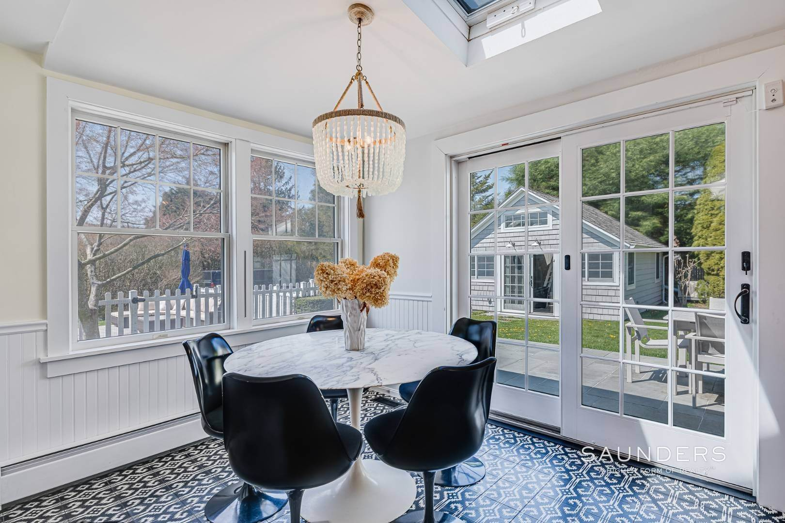 9. Single Family Homes for Sale at Turnkey Oasis Outside Southampton Village 25 Hampton Street, Southampton, Southampton Town, NY 11968