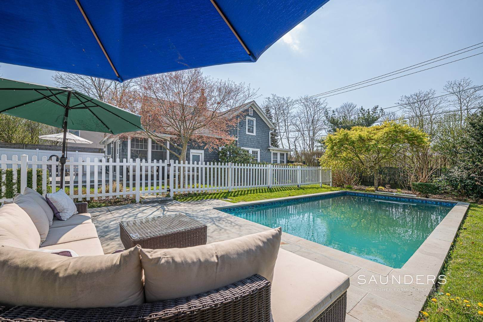 22. Single Family Homes for Sale at Turnkey Oasis Outside Southampton Village 25 Hampton Street, Southampton, Southampton Town, NY 11968