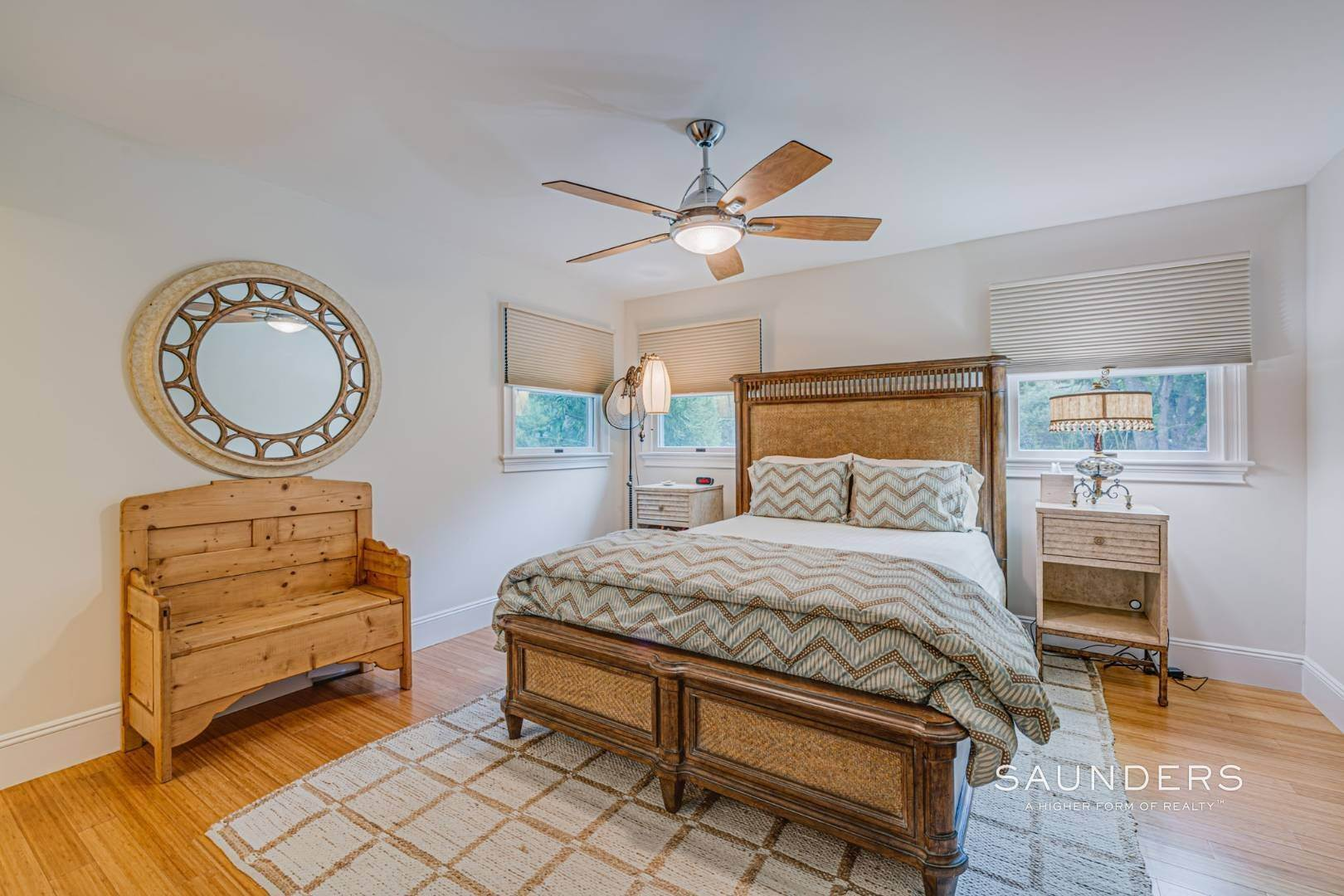 11. Single Family Homes for Sale at Turnkey Southampton Oasis 41 Hillside Road, Southampton, Southampton Town, NY 11968