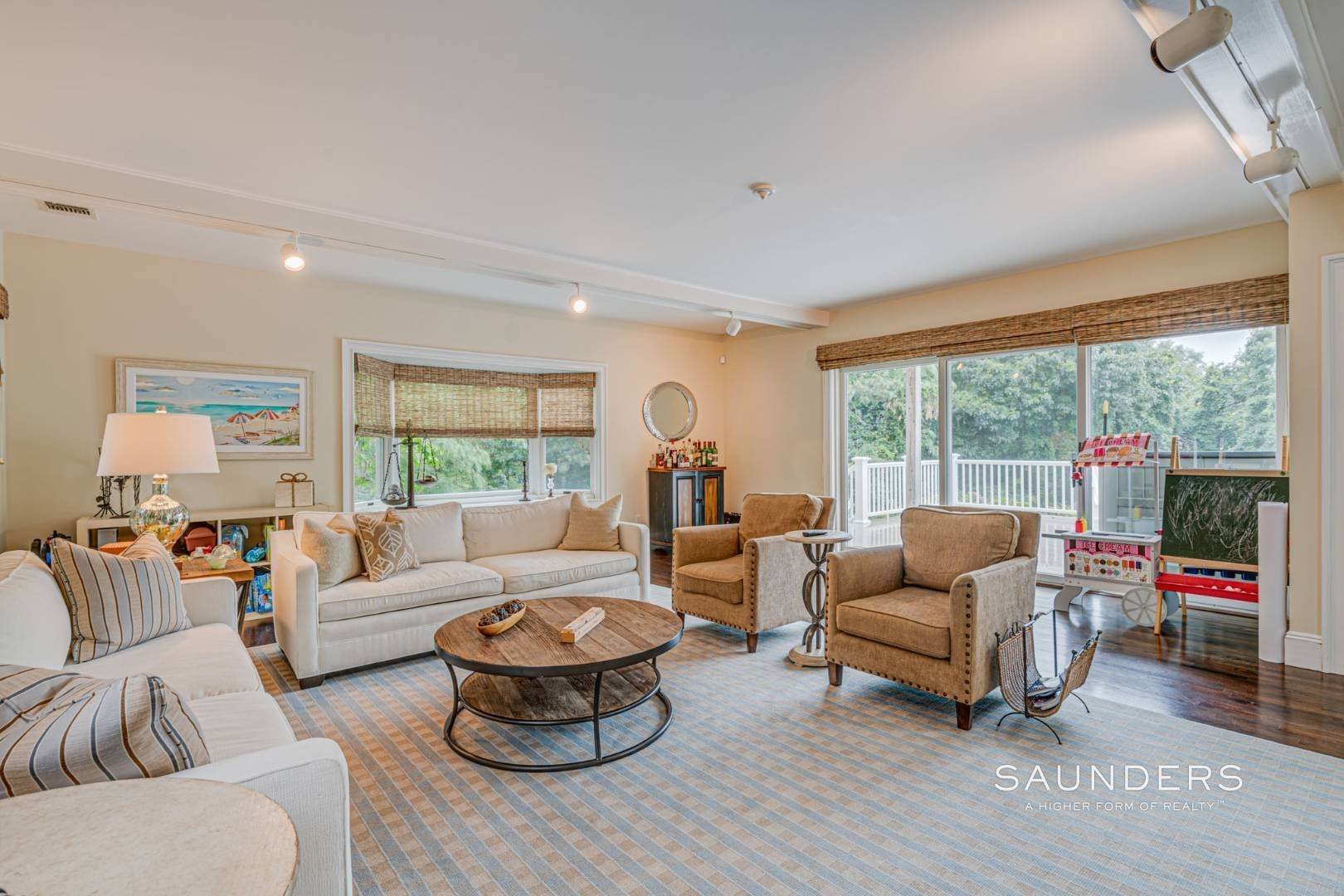 6. Single Family Homes for Sale at Turnkey Southampton Oasis 41 Hillside Road, Southampton, Southampton Town, NY 11968