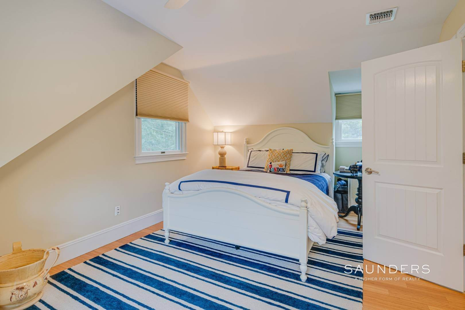 12. Single Family Homes for Sale at Turnkey Southampton Oasis 41 Hillside Road, Southampton, Southampton Town, NY 11968