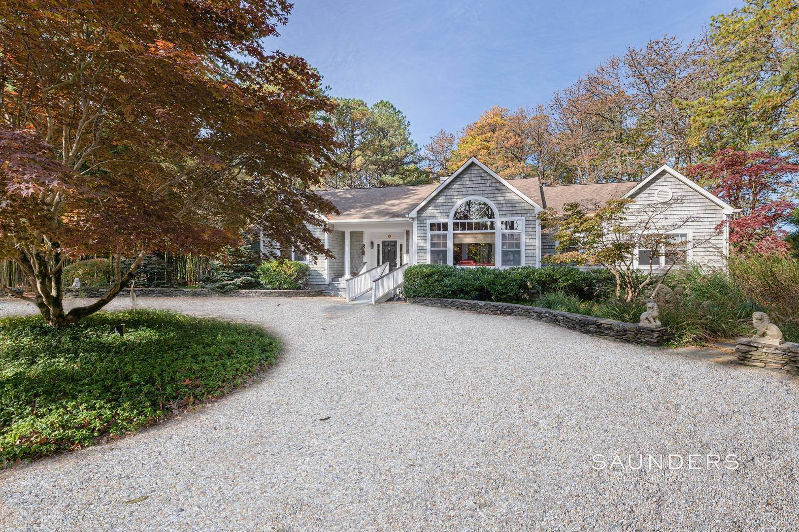 2. Single Family Homes for Sale at East Hampton Room For Tennis 2+ Acres 1 Deer Haven Court, East Hampton, East Hampton Town, NY 11937
