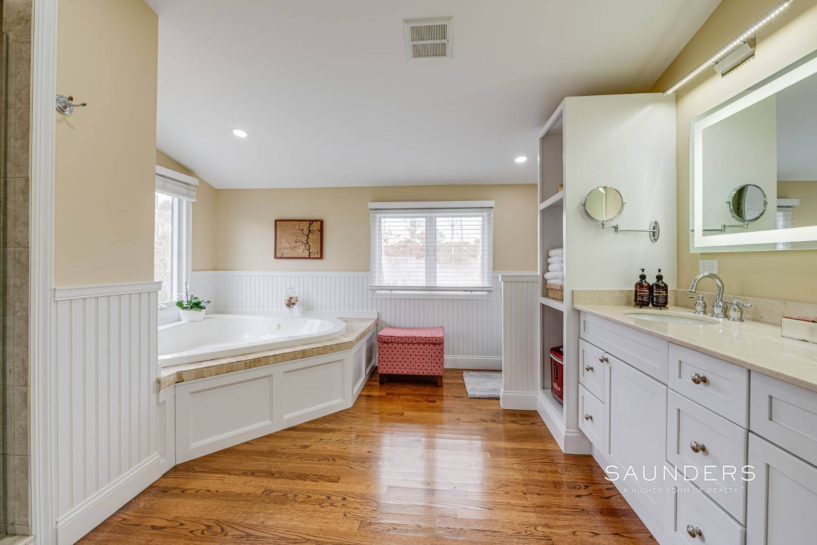 12. Single Family Homes for Sale at Southampton South Renovated With Pool 51 Cheviot Road, Southampton, Southampton Town, NY 11968
