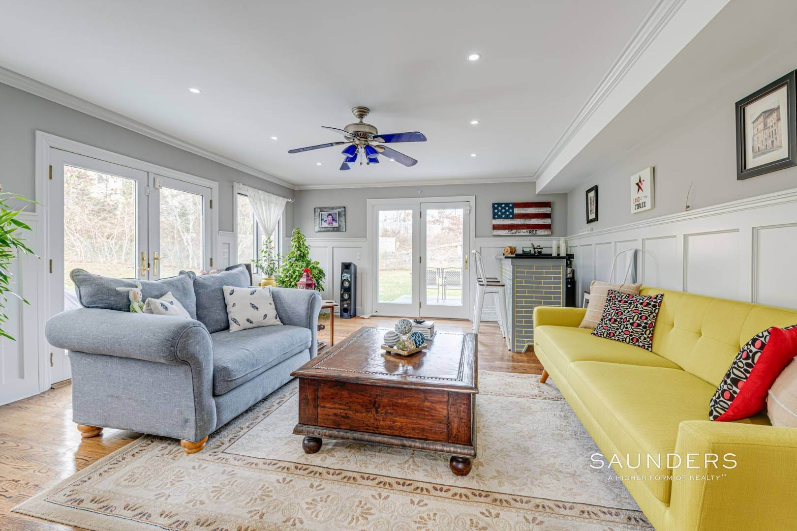 9. Single Family Homes for Sale at Southampton South Renovated With Pool 51 Cheviot Road, Southampton, Southampton Town, NY 11968
