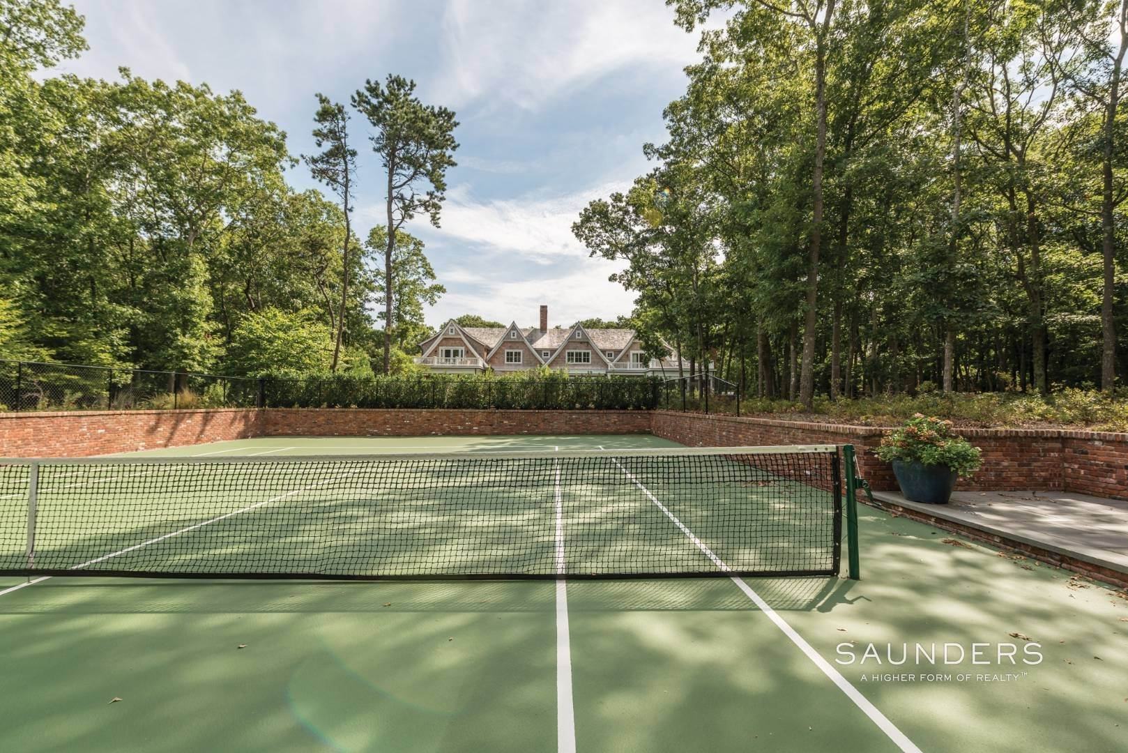 21. Single Family Homes for Sale at Rare Opportunity In Wainscott South With Tennis 23 Two Rod Highway, Wainscott, East Hampton Town, NY 11975