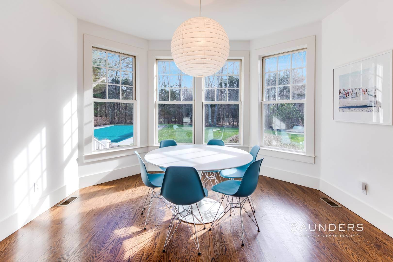 8. Single Family Homes for Sale at Wainscott South Traditional Near Beach Lane 10 Merriwood Drive, Wainscott, East Hampton Town, NY 11975