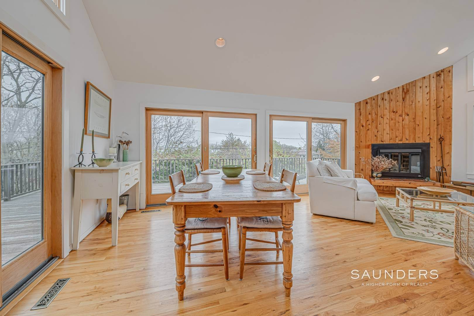 4. Single Family Homes for Sale at Montauk Beach House 8 Stuyvesant Drive, Montauk, East Hampton Town, NY 11954