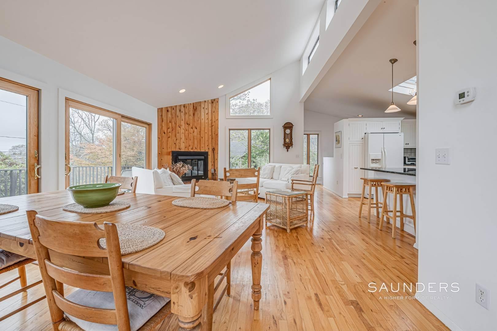 3. Single Family Homes for Sale at Montauk Beach House 8 Stuyvesant Drive, Montauk, East Hampton Town, NY 11954
