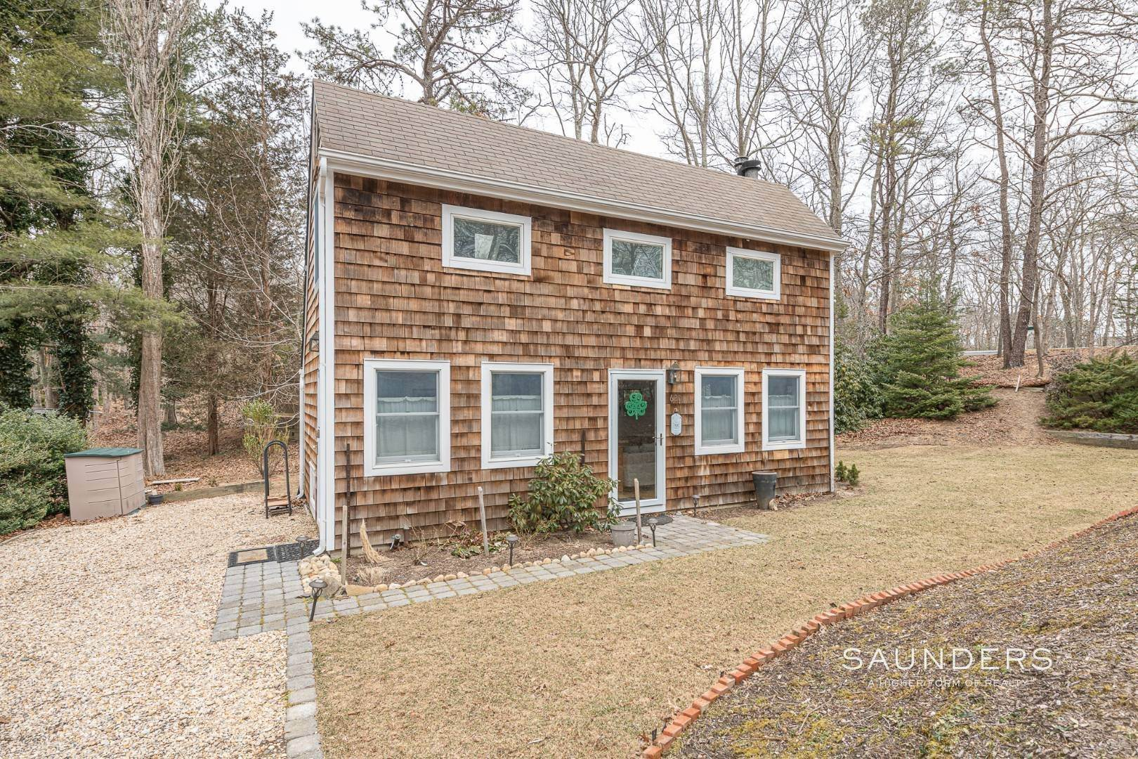 2. Single Family Homes for Sale at Charming Saltbox In The Northwest Woods Of East Hampton 620 Stephen Hands Path, East Hampton, East Hampton Town, NY 11937