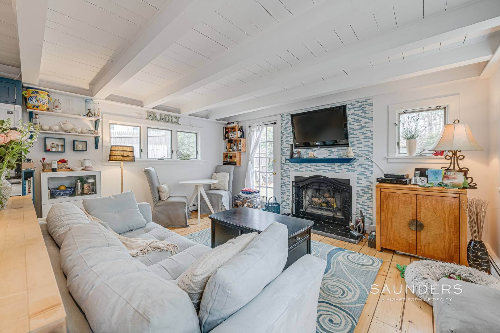 4. Single Family Homes for Sale at Charming Saltbox In The Northwest Woods Of East Hampton 620 Stephen Hands Path, East Hampton, East Hampton Town, NY 11937