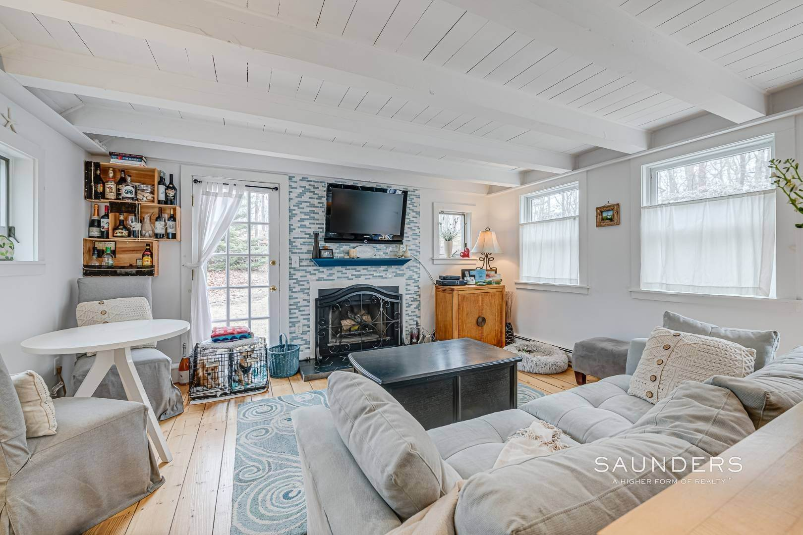 5. Single Family Homes for Sale at Charming Saltbox In The Northwest Woods Of East Hampton 620 Stephen Hands Path, East Hampton, East Hampton Town, NY 11937