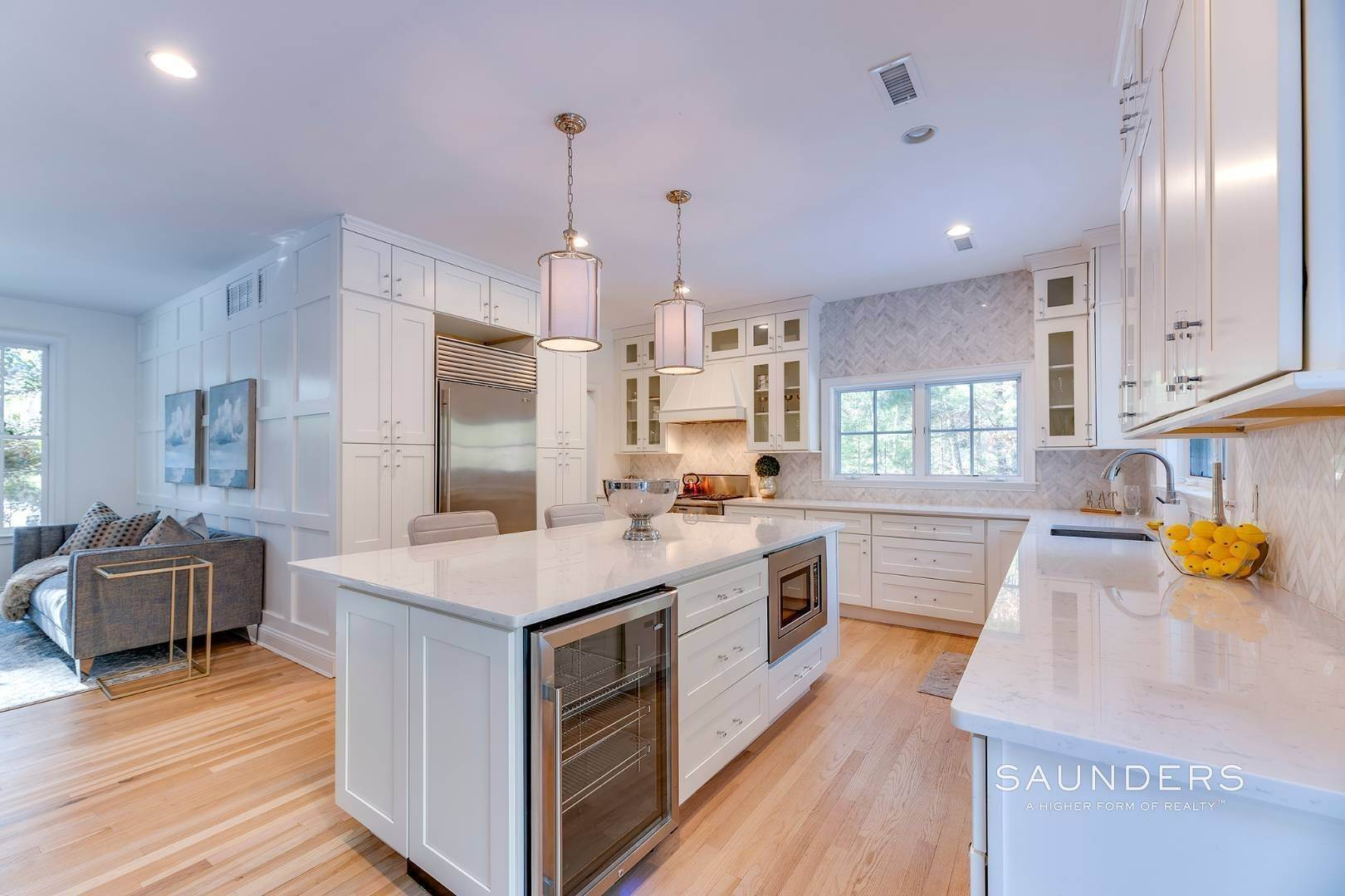 5. Single Family Homes for Sale at Expansive Private Retreat 225 Old Northwest Road, East Hampton, East Hampton Town, NY 11937