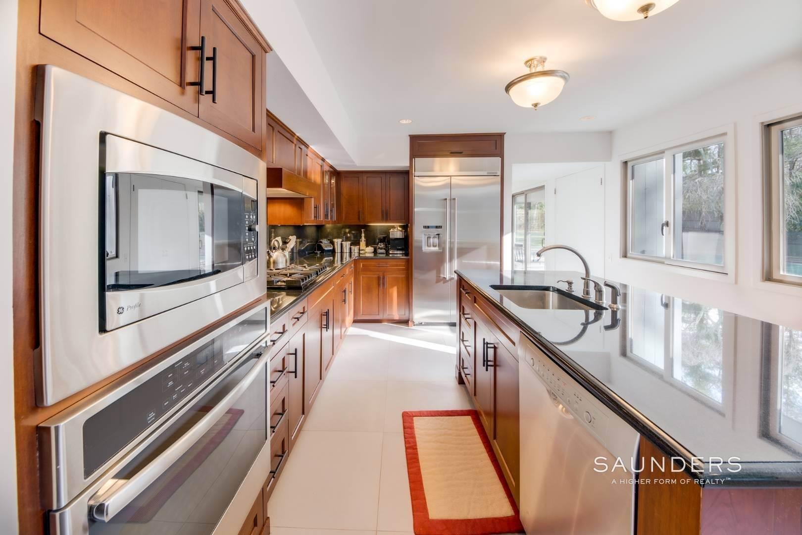 17. Single Family Homes at East Hampton, East Hampton Town, NY 11937