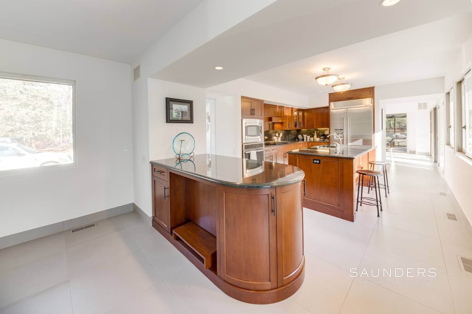 14. Single Family Homes at East Hampton, East Hampton Town, NY 11937