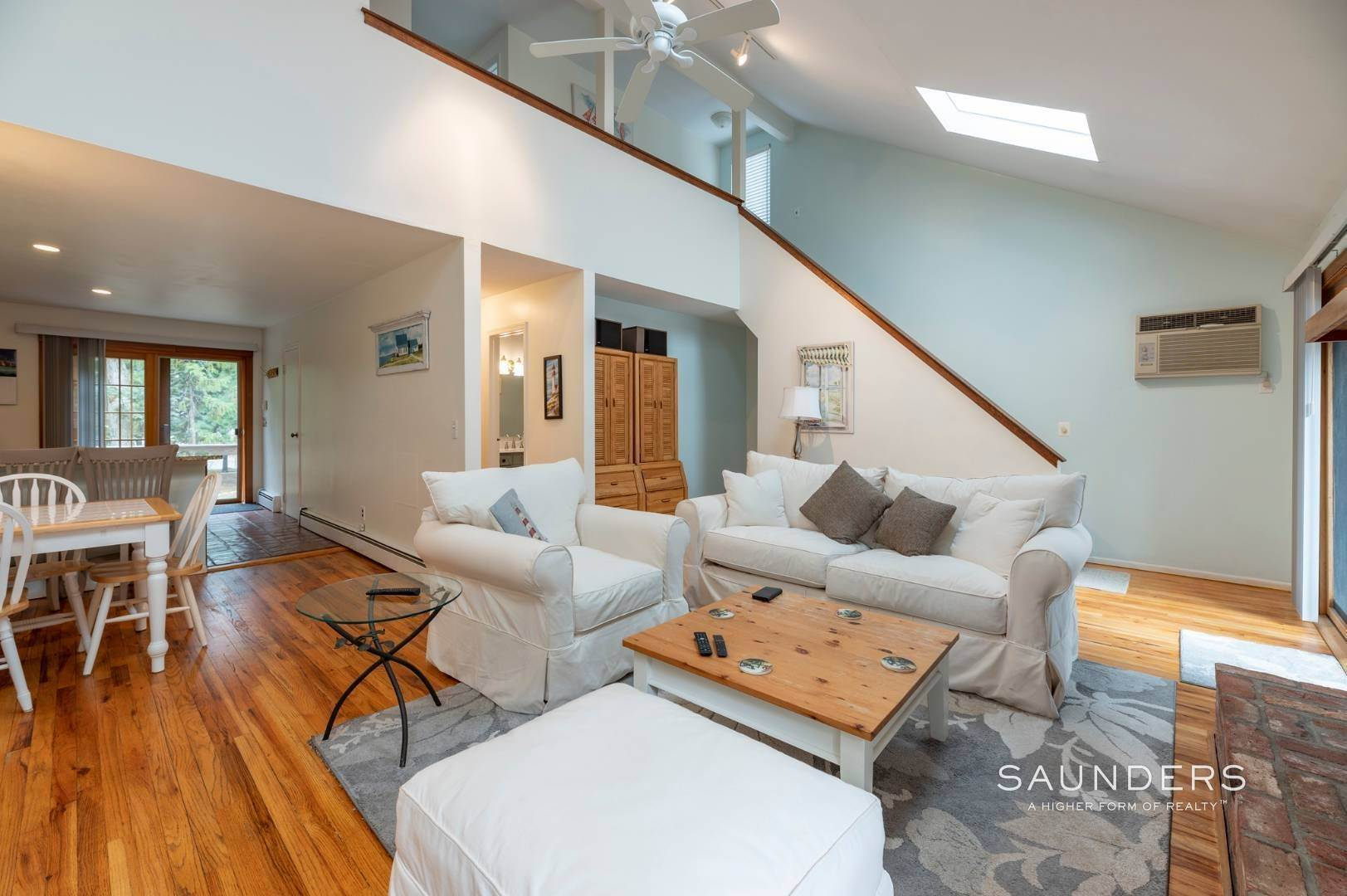 3. Single Family Homes at Charming Home With Heated Pool 221 Norfolk Dr, East Hampton, East Hampton Town, NY 11937