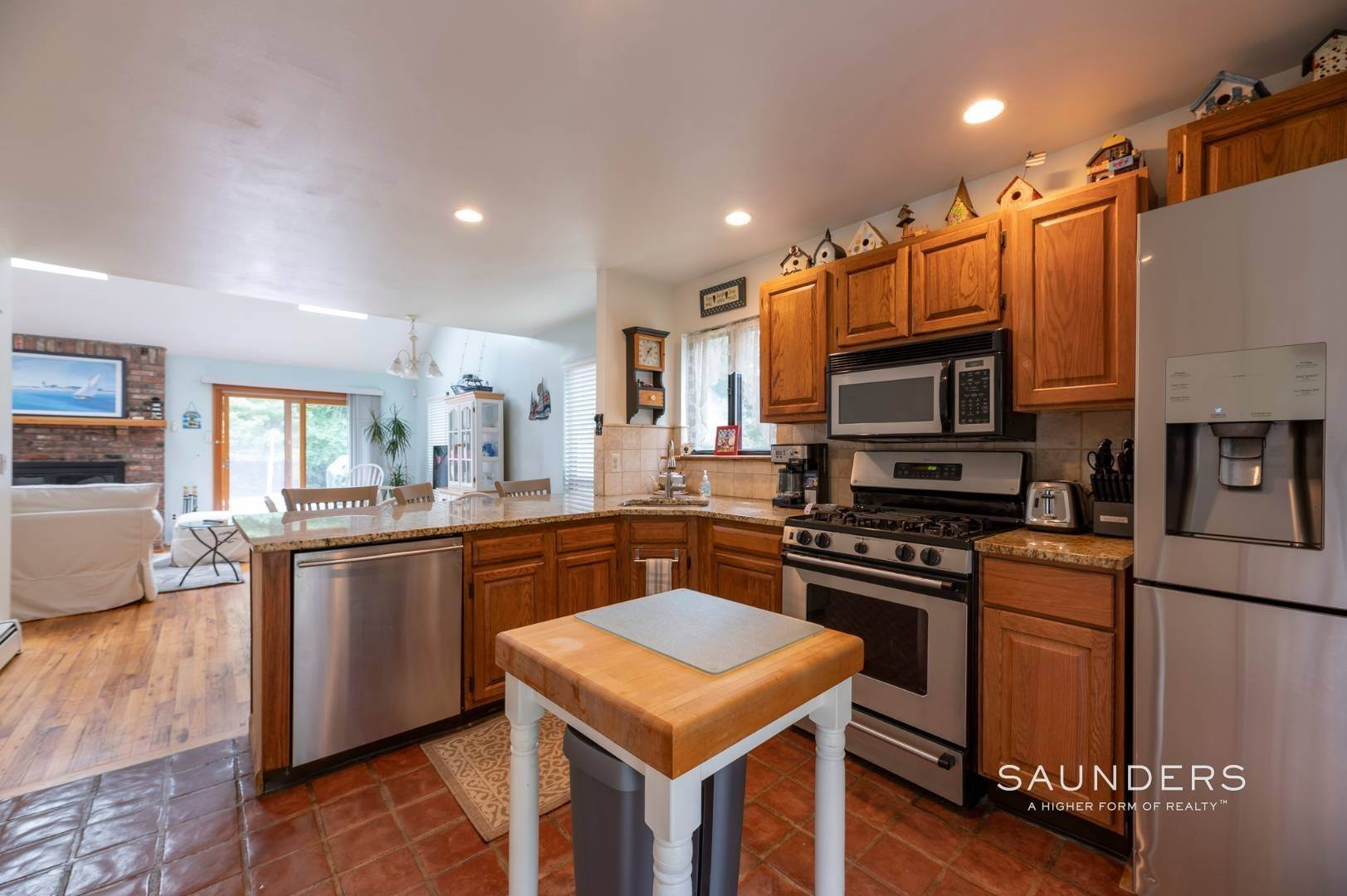6. Single Family Homes at Charming Home With Heated Pool 221 Norfolk Dr, East Hampton, East Hampton Town, NY 11937