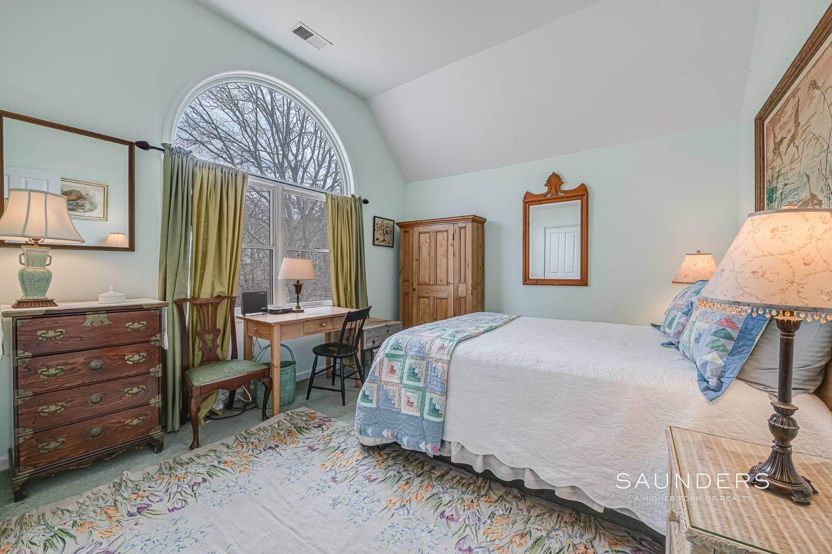 15. Single Family Homes for Sale at Southampton - Cold Spring Fairways 57 Spring Pond Lane, Southampton, Southampton Town, NY 11968