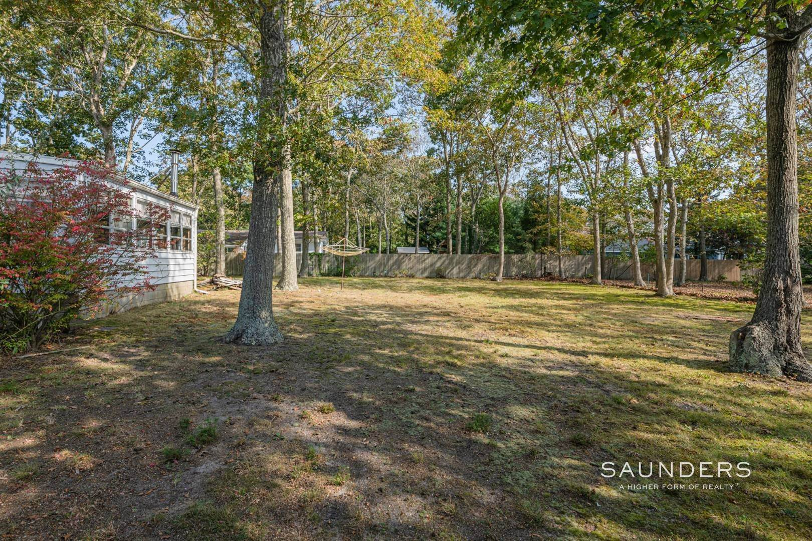 16. Single Family Homes for Sale at Desirable Tiana Shores Ranch Home With Great Potential 7 Cottage Lane, Hampton Bays, NY 11946