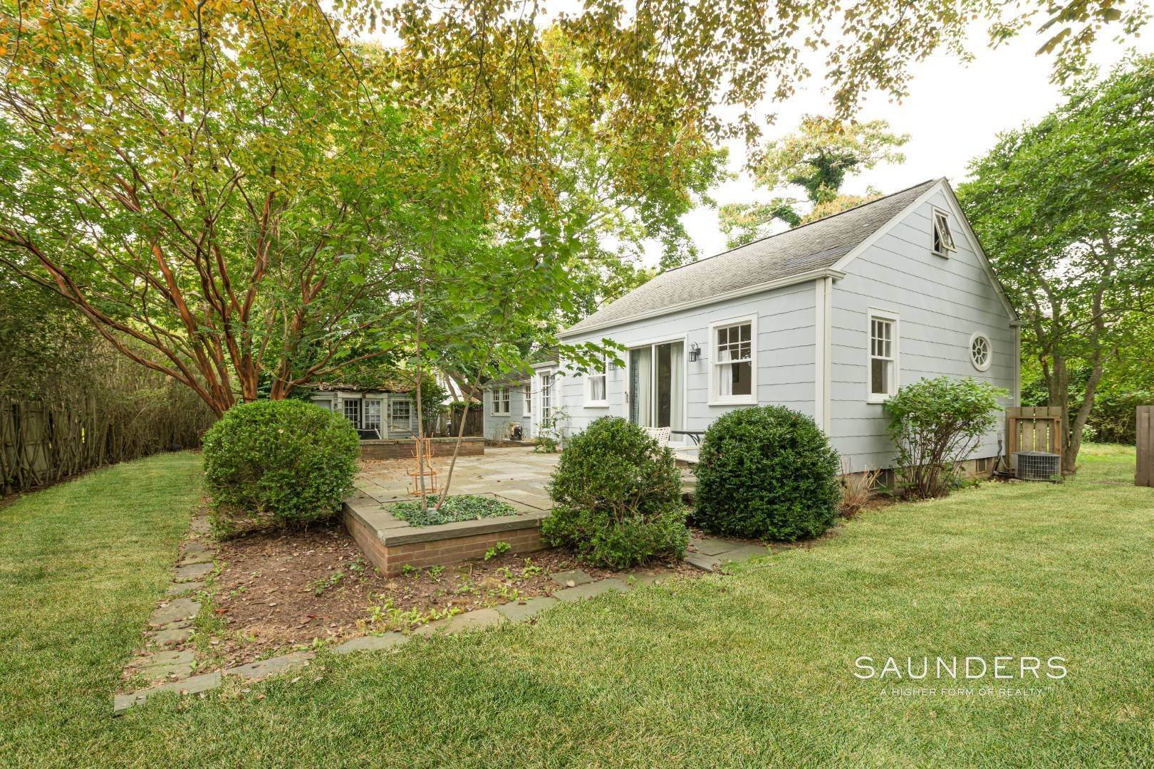 3. Single Family Homes for Sale at Southampton Village Renovate Or Build Opportunity 306 Hill Street, Southampton, Southampton Town, NY 11968