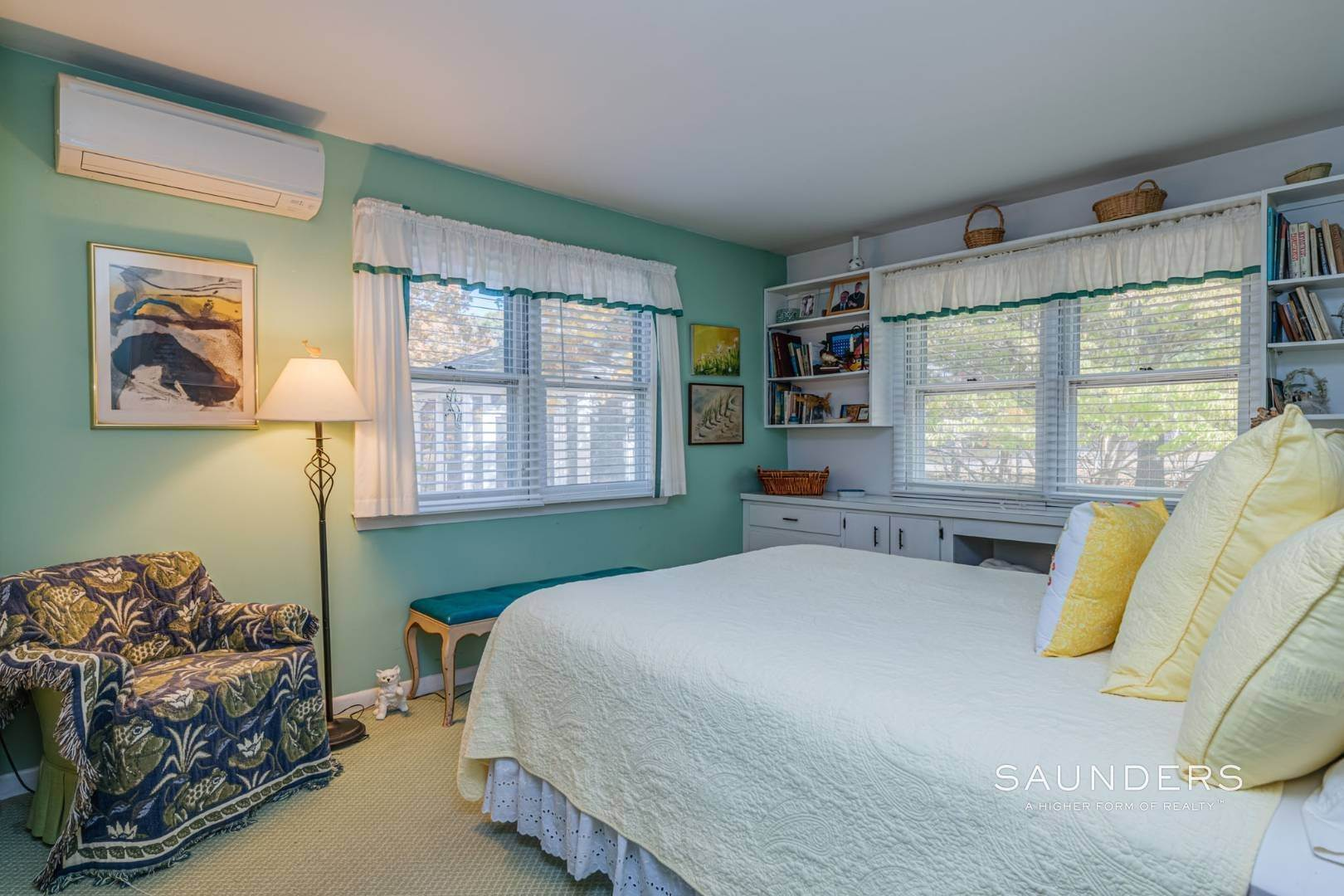 16. Single Family Homes for Sale at Red Cedar Point Waterfront 10 North Shore Road, Hampton Bays, Southampton Town, NY 11946