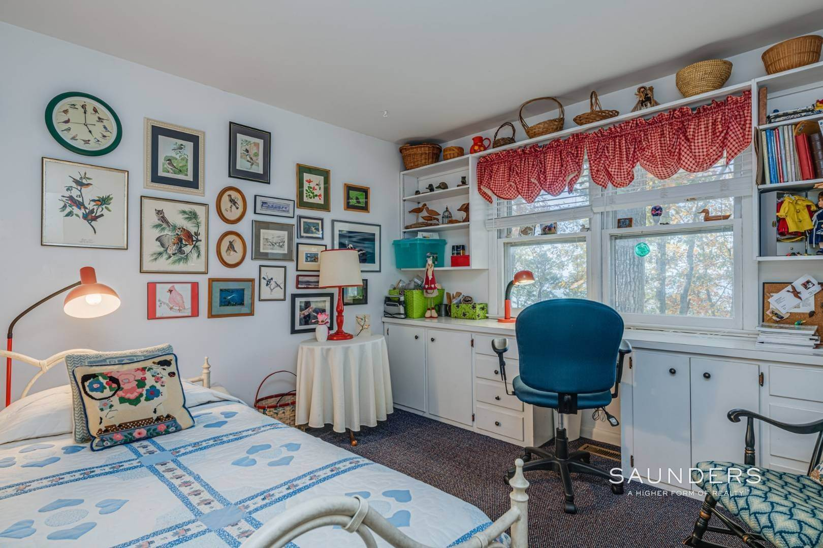 18. Single Family Homes for Sale at Red Cedar Point Waterfront 10 North Shore Road, Hampton Bays, Southampton Town, NY 11946